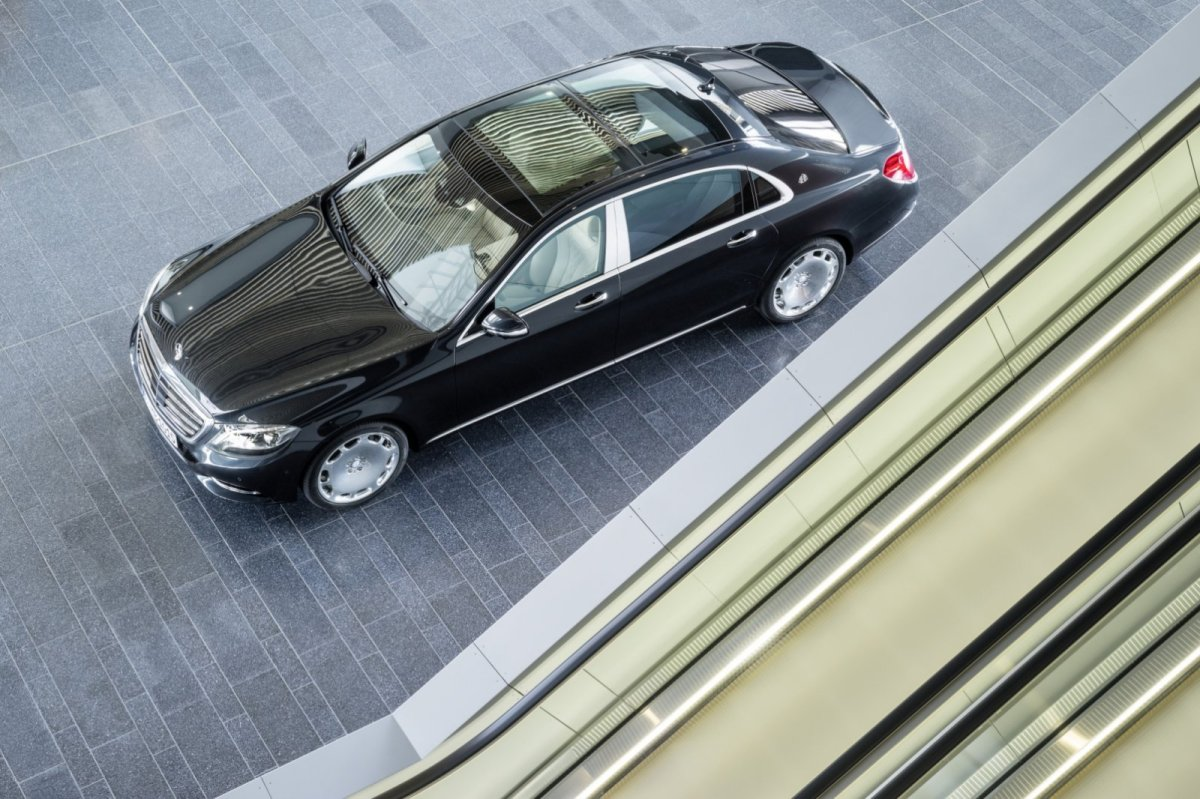 Mercedes Benz Maybach S-klasse S600 V12 Executive Business 02