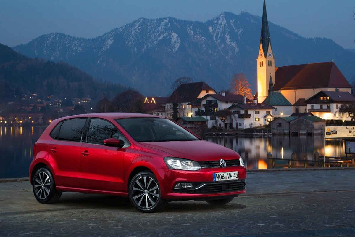 Volkswagen Polo 1.0 TSI BlueMotion rood 2015 02