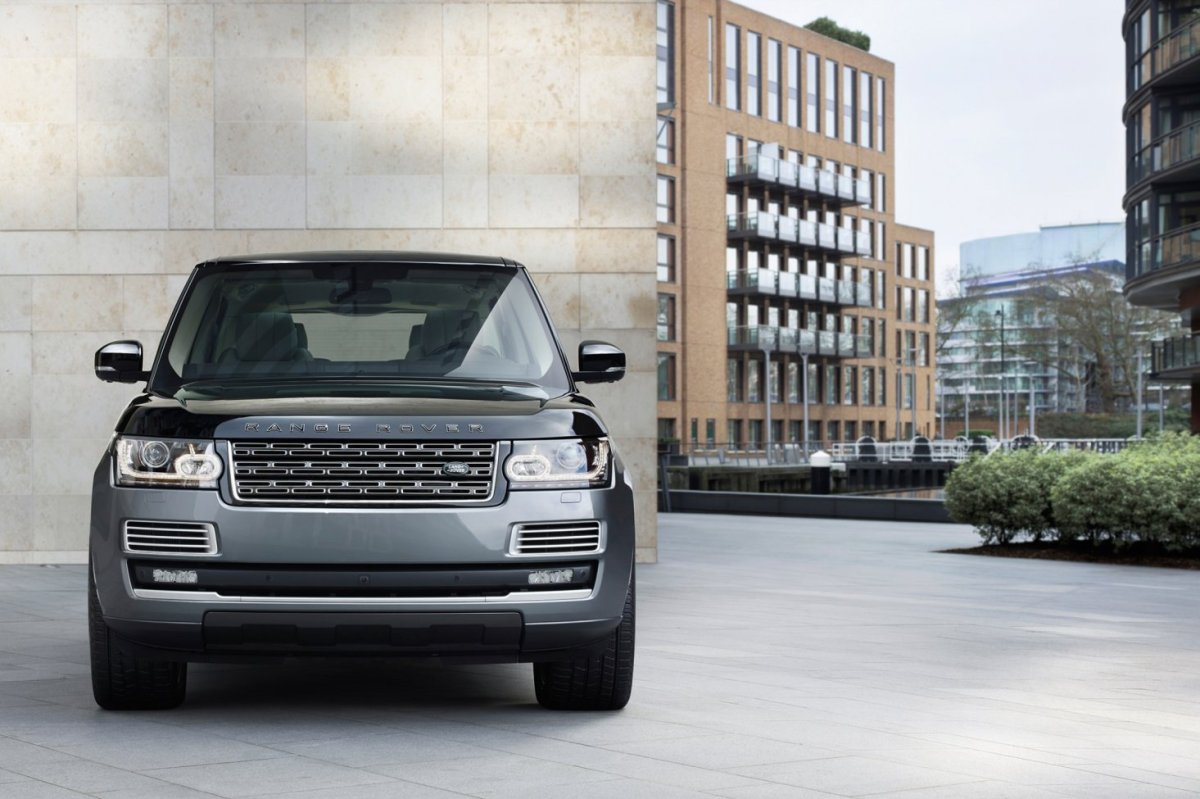 Land Range Rover SVAutobiography Special Vehicle Operations 2016 02