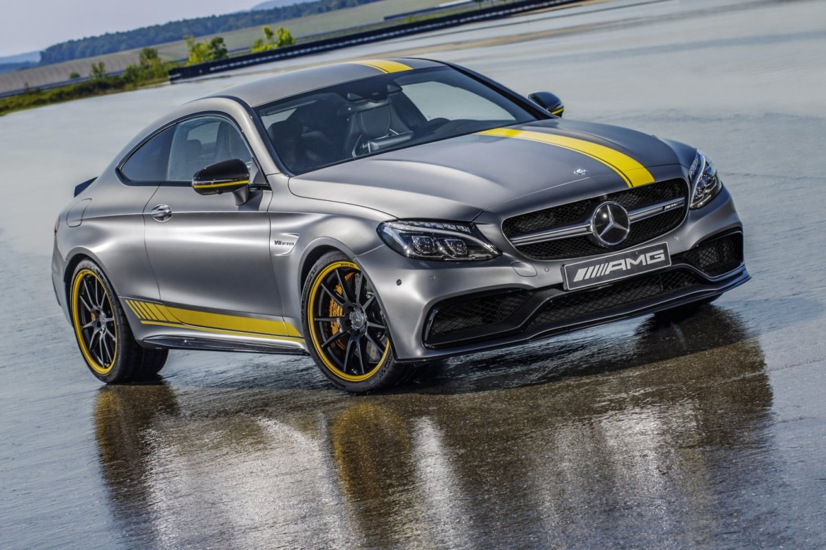 Mercedes C63 AMG Coupe Edition 1 2016 01