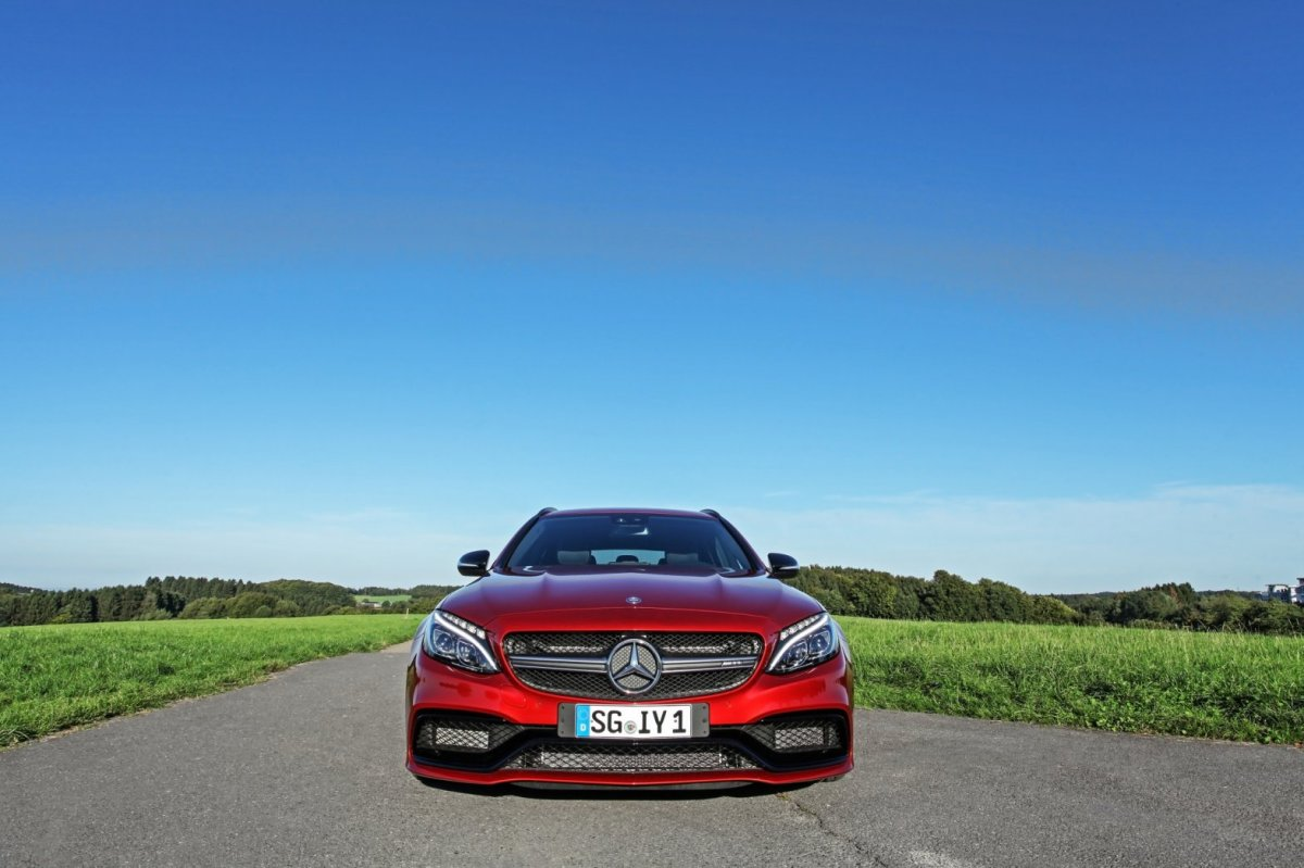 Wimmer Mercedes C63 S AMG rood 2015 02