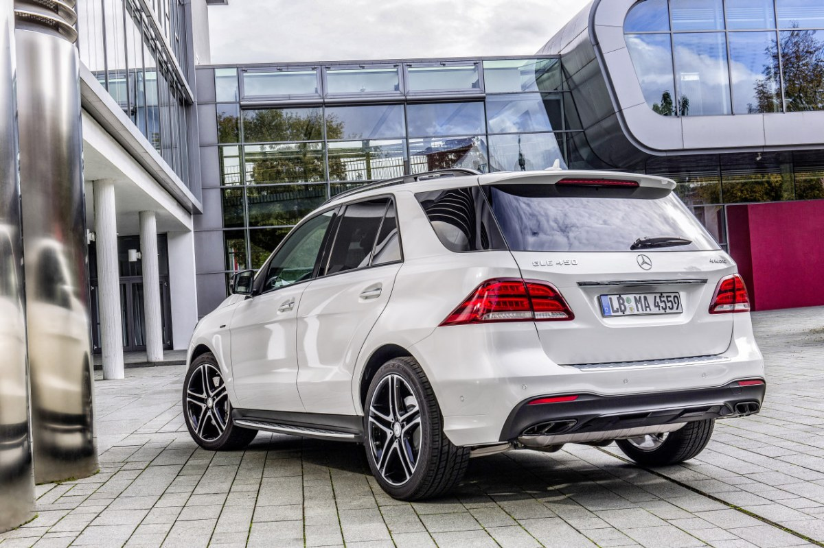 Mercedes GLE450 AMG Sport 4-Matic wit SUV 2016 02