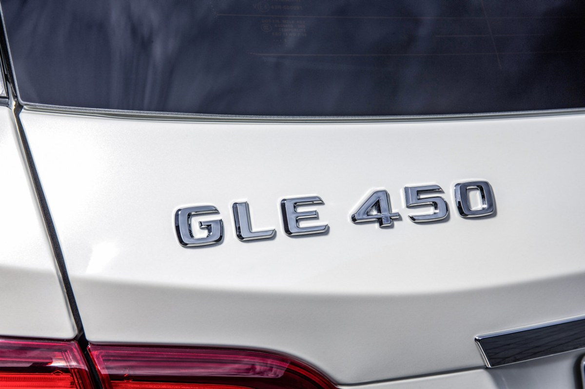 Mercedes GLE450 AMG Sport 4-Matic wit SUV 2016 03