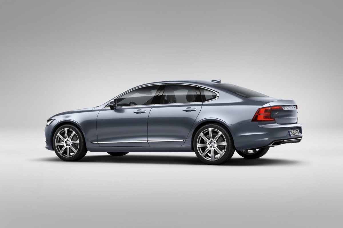 Volvo S80 T4 T5 T6 D4 D5 D6 AWD 2016 live in sweden 12