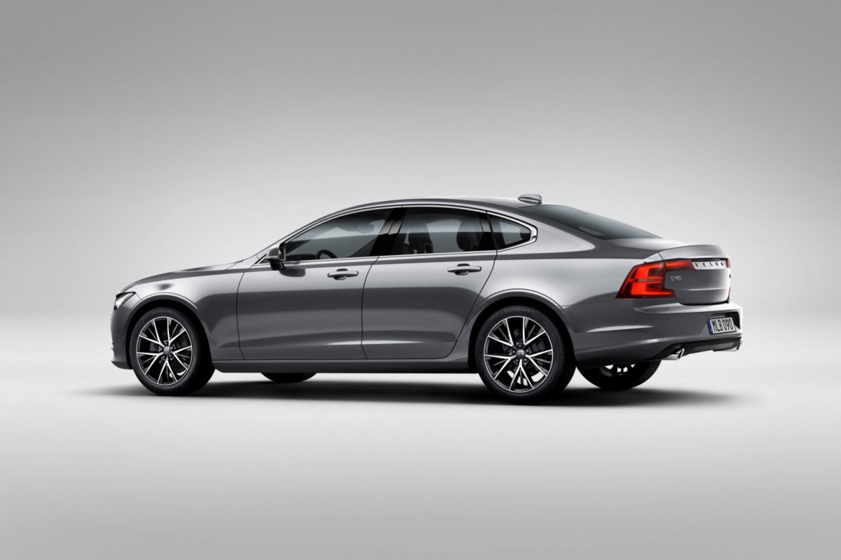 Volvo S80 T4 T5 T6 D4 D5 D6 AWD 2016 live in sweden 31