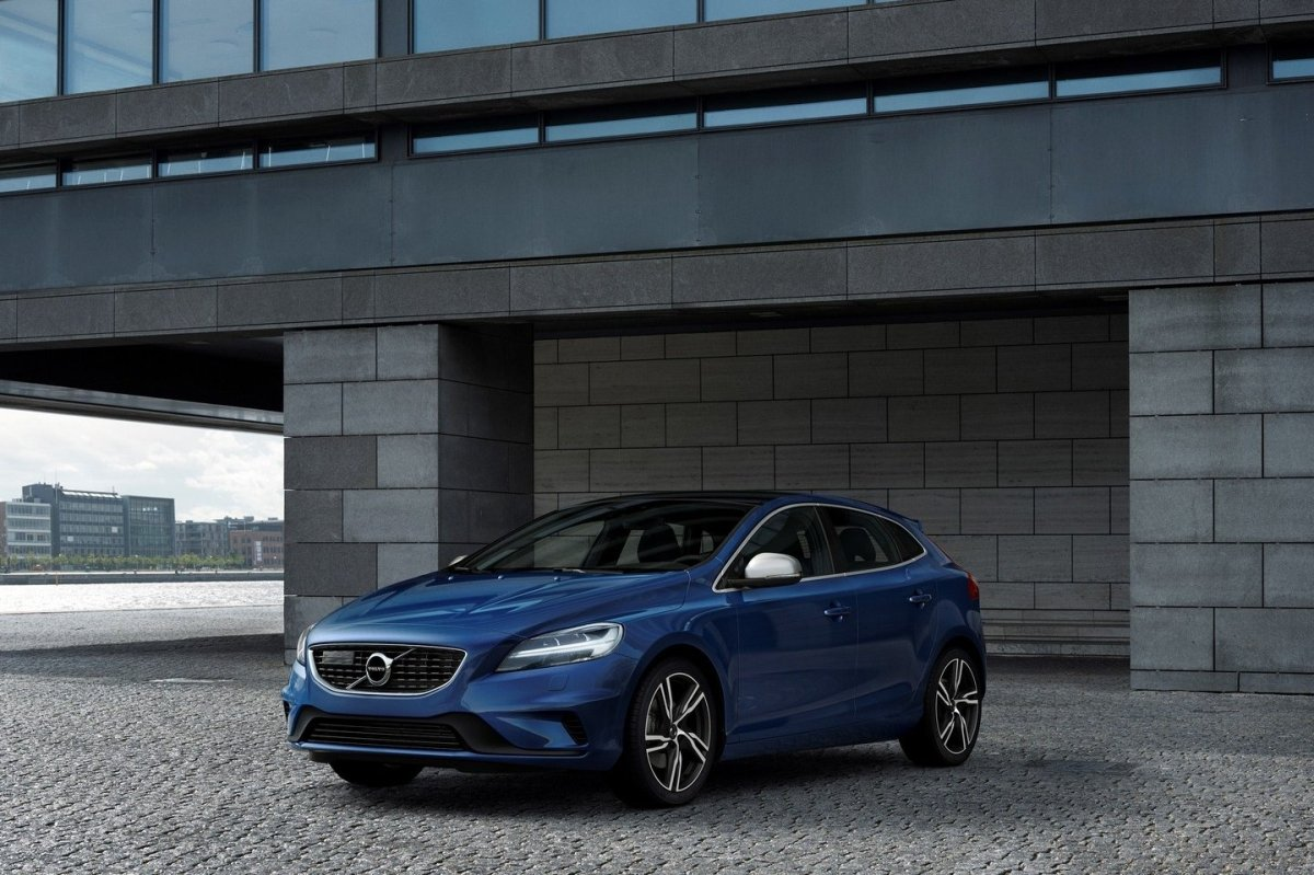 Volvo V40 Cross Country facelift Thor 2017 29