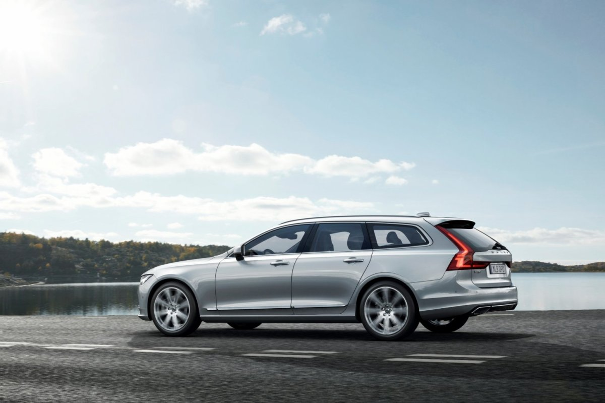 Volvo V90 Estate Inscription T6 T8 2017 18
