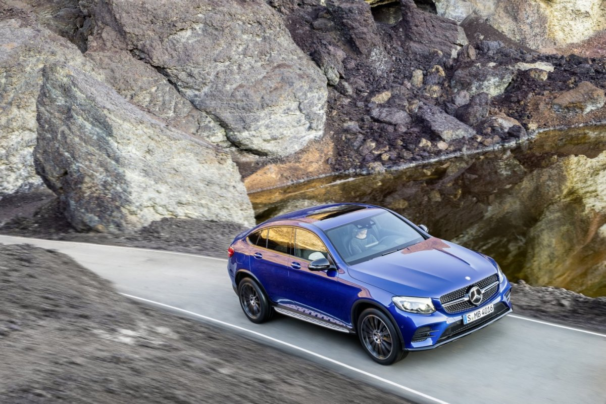 Mercedes GLC Coupe SUV 4-Matic blauw 2017 16
