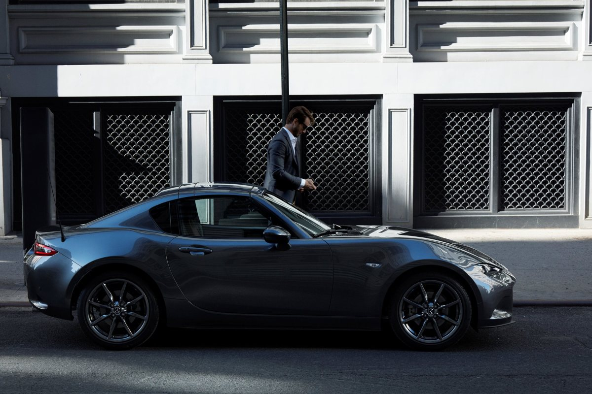 mazda-mx-5-rf-retractable-fastback-2017-05