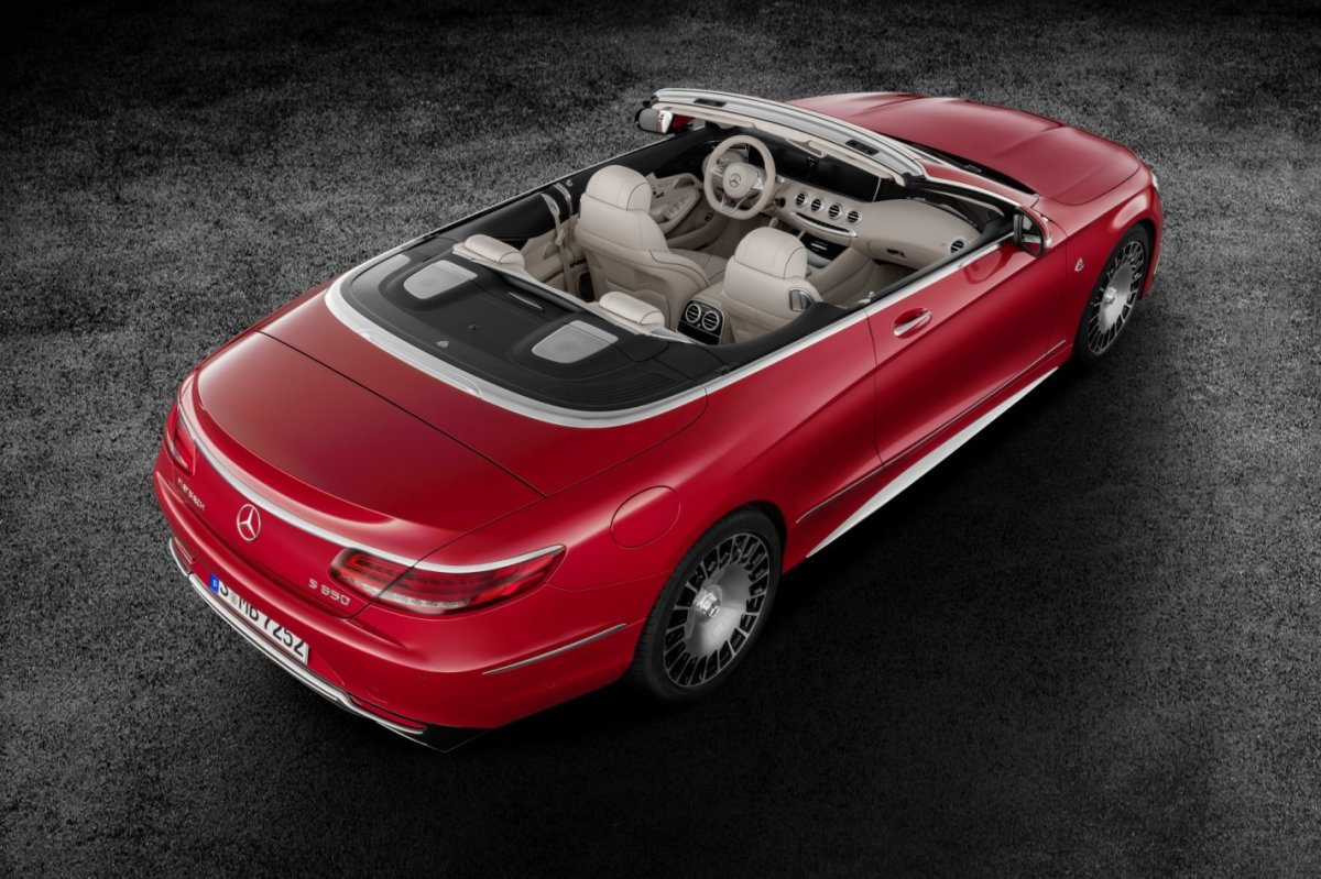 mercedes-benz-maybach-s650-cabriolet-v12-2017-04