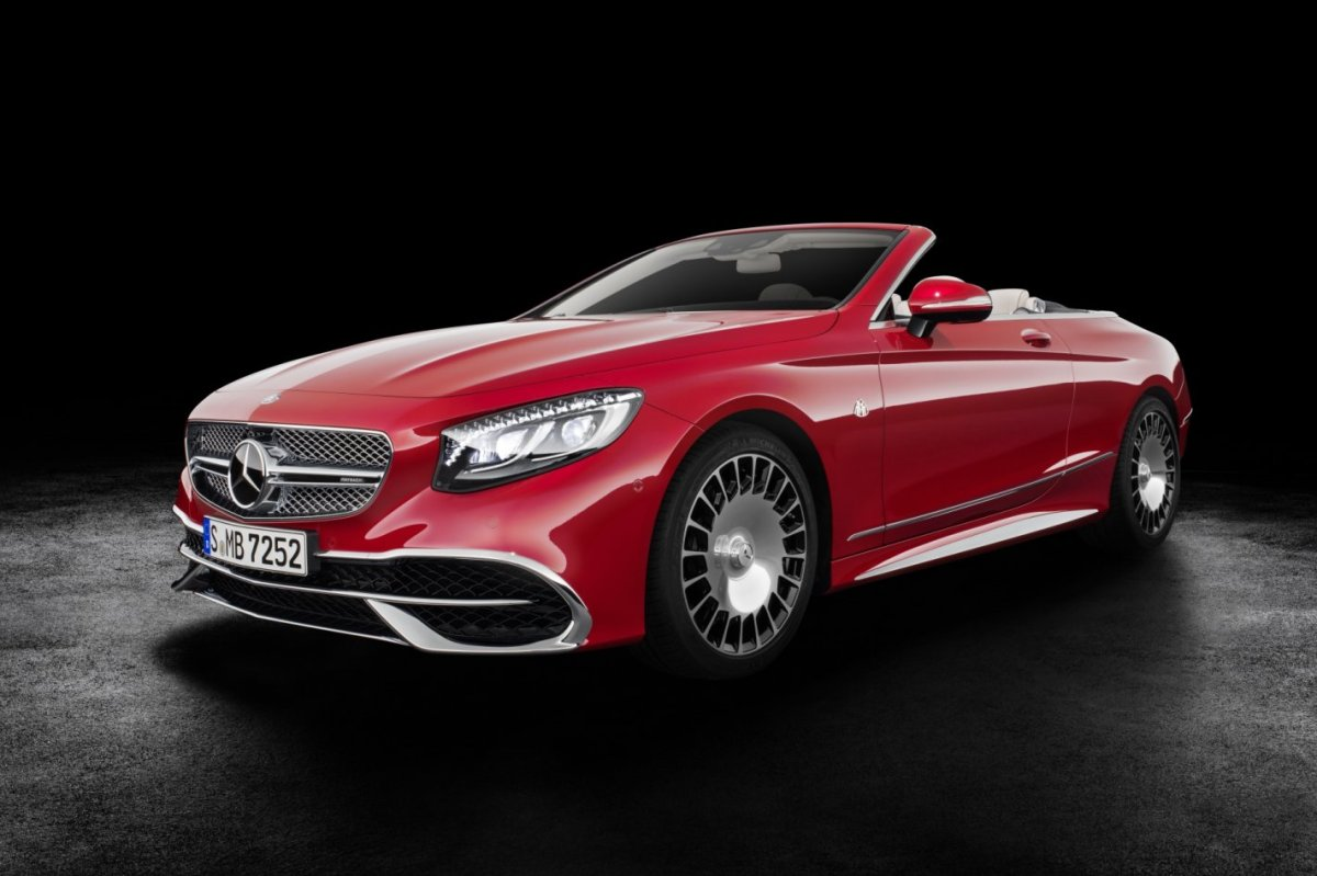 mercedes-benz-maybach-s650-cabriolet-v12-2017-08