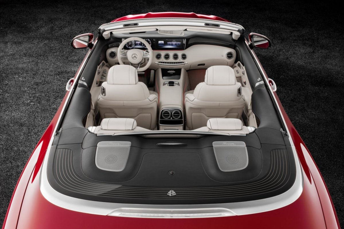 mercedes-benz-maybach-s650-cabriolet-v12-2017-09