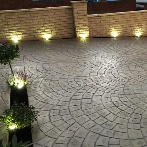 Garden Wall Ideas lighting