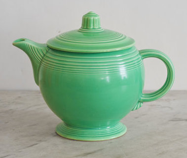 Medium Teapot in Green. Production Dates: March, 1937 - July, 1969.