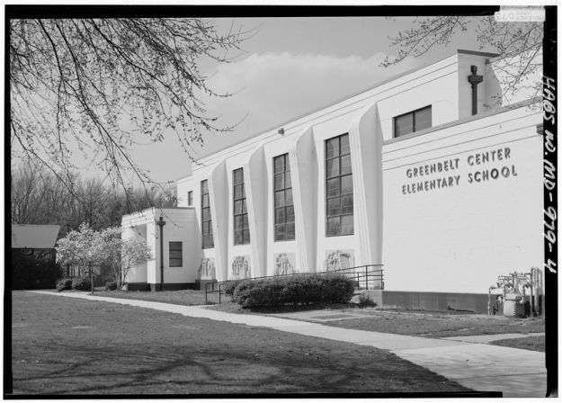 Vintage photograph of the Greenbelt Elementary School. Image from the Library of Congress.