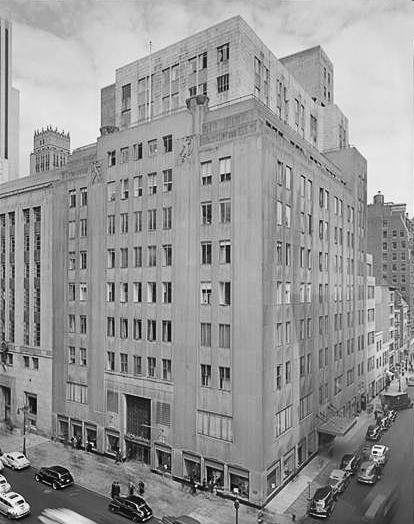 Bonwit Teller 1946.