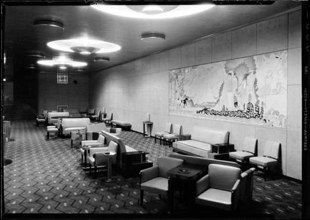Grand Lounge, 1932