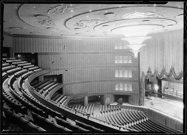 R-K-O Roxy auditorium, 1932.