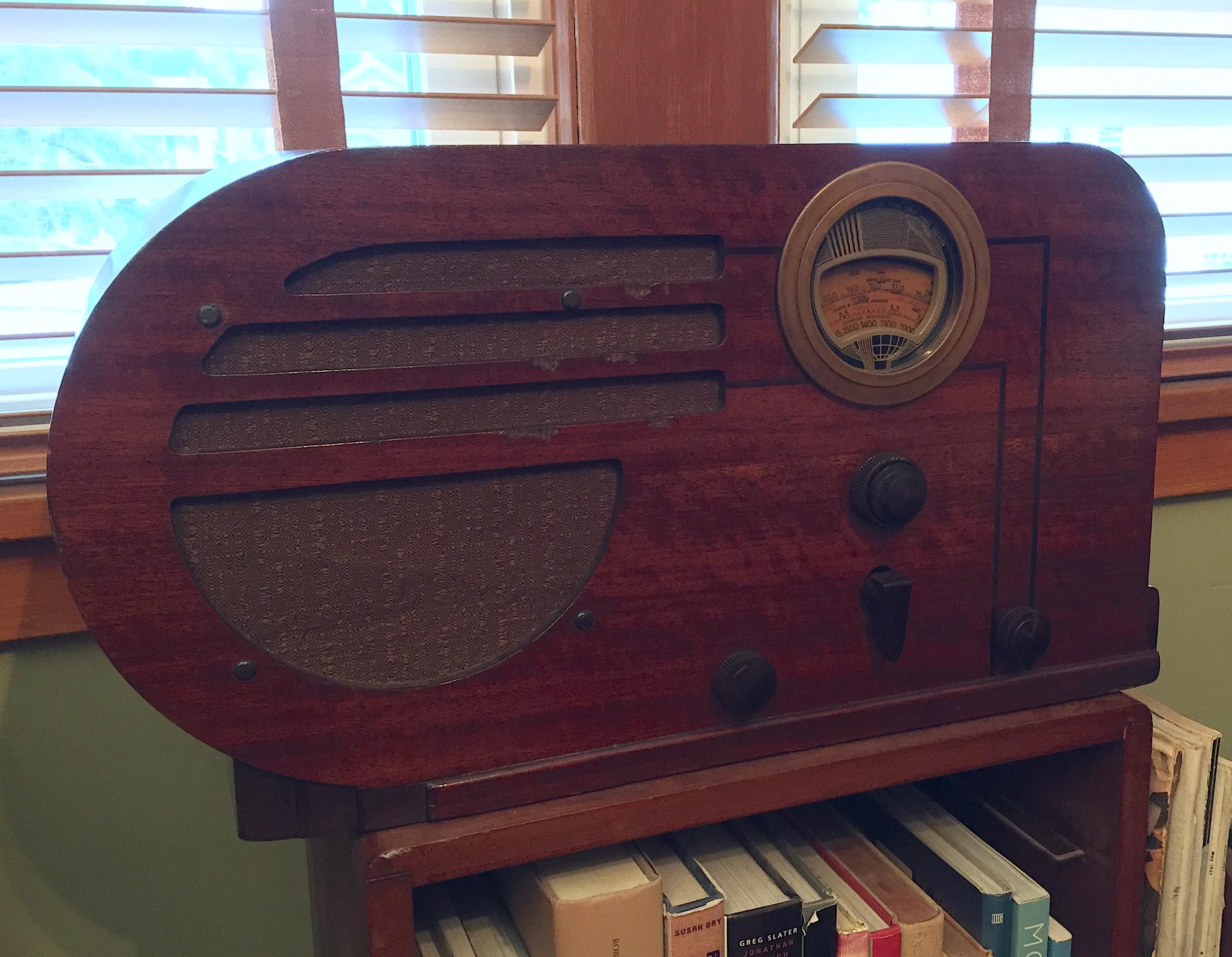 Philco Bullet Radio, 1937