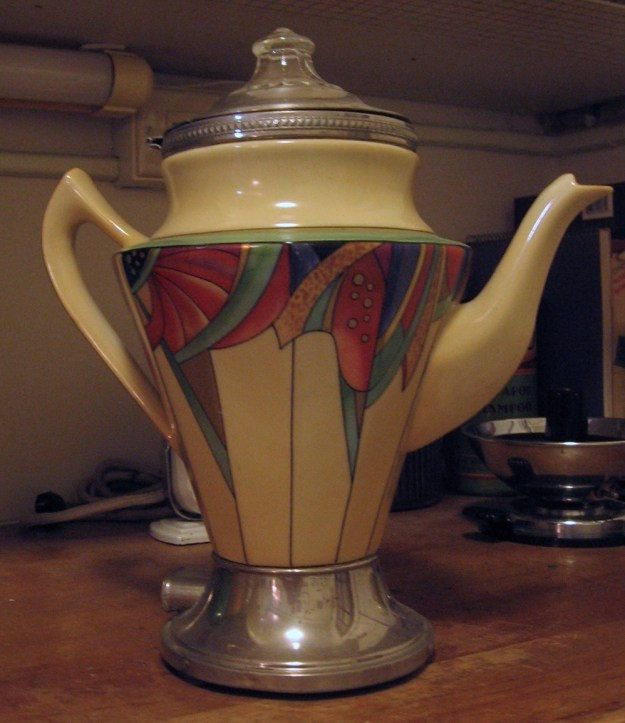 Royal Rochester coffee pot in the Modernistic pattern.