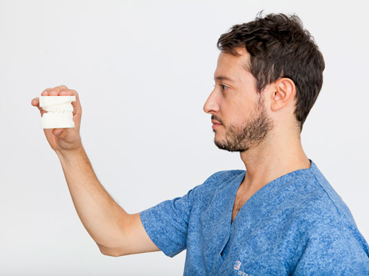 Trayectoria Dr. Martín Pedernera - Ortodoncia Barcelona, España