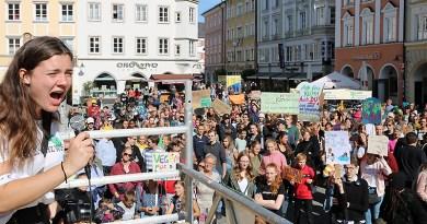"""<sectitle>Rosenheim soll Klimaschutzinitiative erhalten </sectitle><br>März: """"Wir haben keinen Klimanotstand"""""""