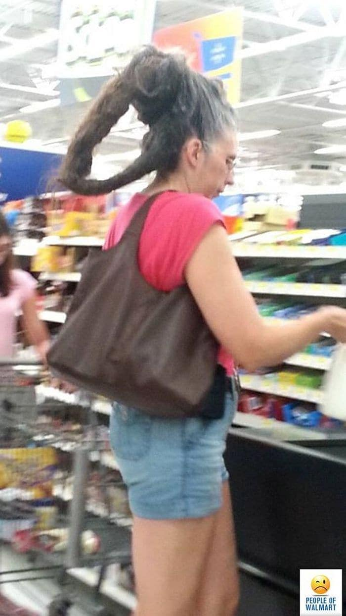 The 24 Weird People of Walmart That Are on Another Level -06