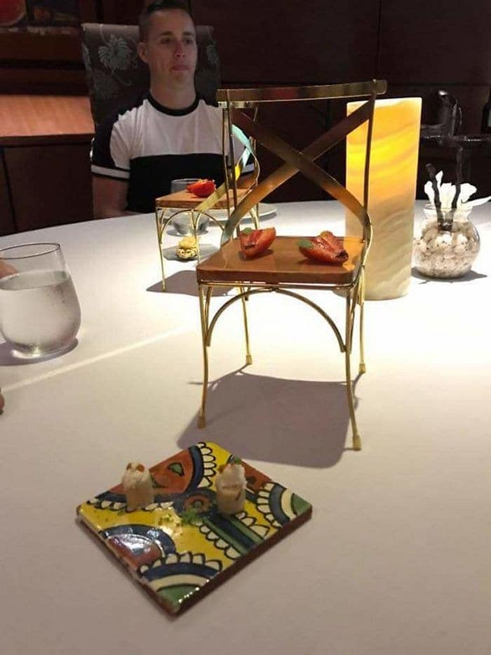 30 Funny Pictures of Serving of Dishes in Restaurants Will Blow Your Mind -03