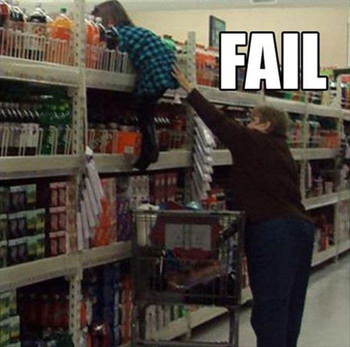 25 Ridiculous People of Walmart You Hope to Never Run Into -04