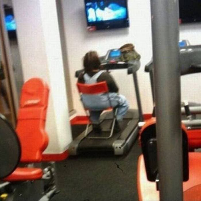 27 Epic Fail Gym Photos That Will Make Your Day -09