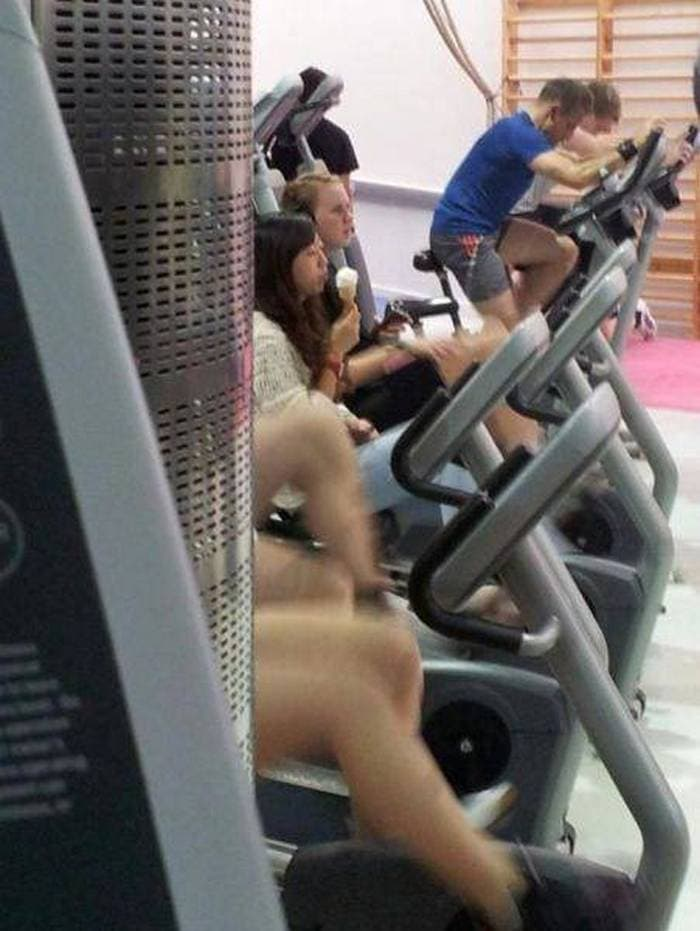 27 Epic Fail Gym Photos That Will Make Your Day -13