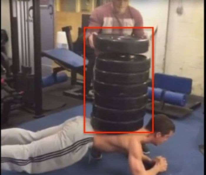 27 Epic Fail Gym Photos That Will Make Your Day -17