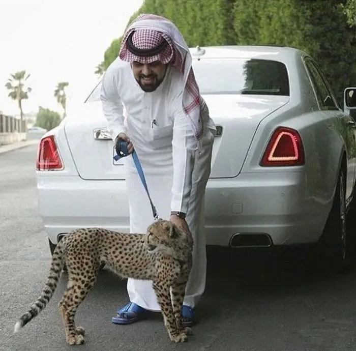 37 Pics of Rich Kids of Saudi Arabia That Will Amaze You -14