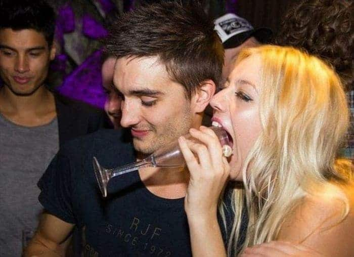 48 Ridiculous Drunk People That Will Shock You -23