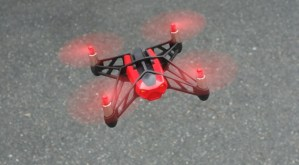 Parrot Rolling Spider Mini drone quadcopter- first look, review and rating