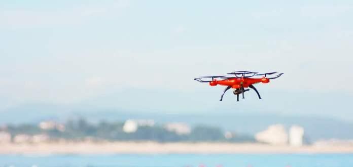 Vigilar las playas con drones: una realidad cada verano