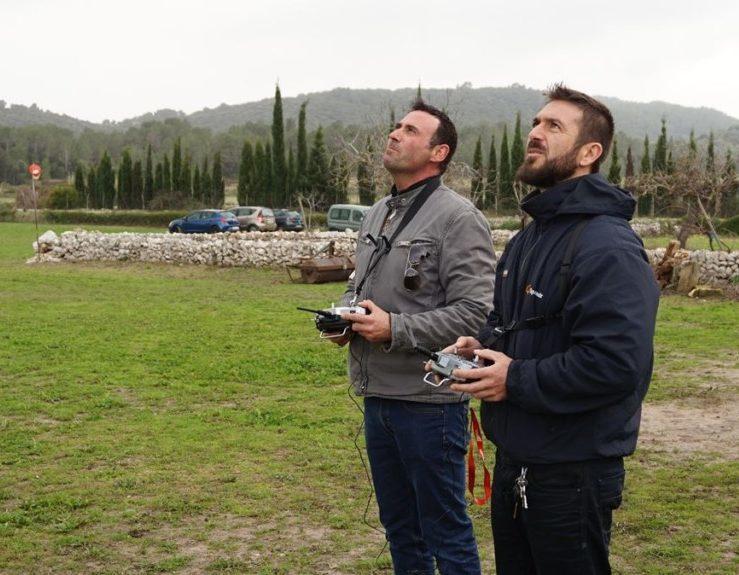 alumno e instructor del curso de dron online