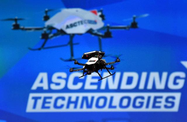 Intel následuje Qualcomm v podnikání s drony