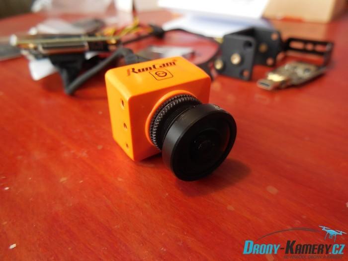 Unboxing Runcam Split 2 - první pohled na FullHD a FPV kamerku