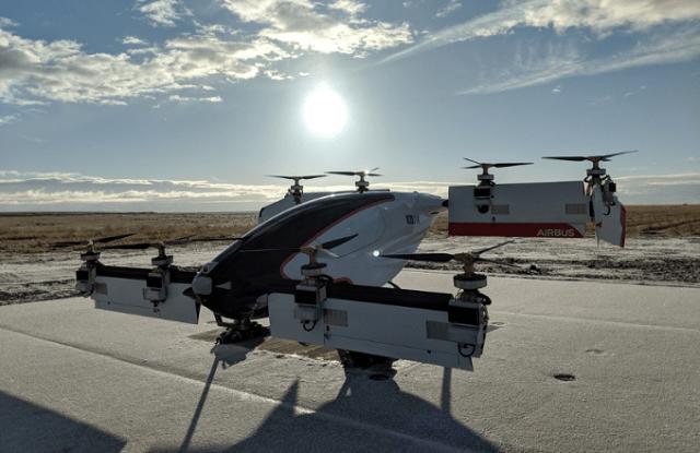 Taxi dron Airbus Vahana má za sebou první testovací let