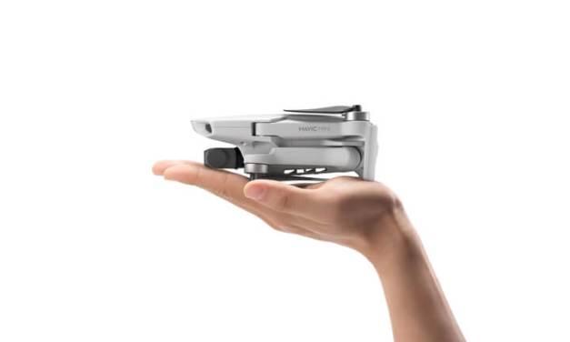 DJI Mavic Mini oficiálně – dlouhá výdrž na baterii a jen 249 gramů