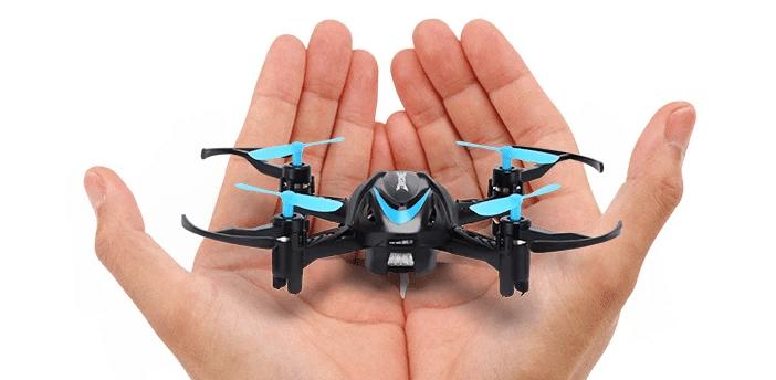 Eachine E009 – dron pro děti s cenou 10$