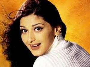 Bade Dhoke Hai Is Raah Mein Pyaar Ke | New Serial on Life OK | Star Cast | Sonali Bendre