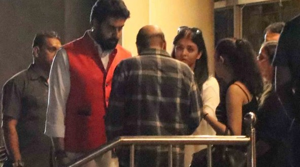 Image result for aishwarya rai with her father latest pics in hospital