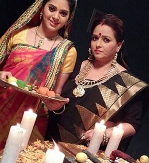 Kajal and Bhairavi | Badii Devrani