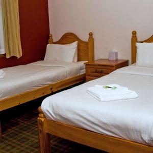 Twin Lodge Room