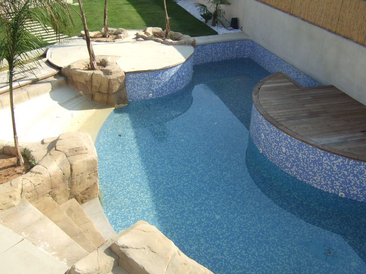 C mo eliminar los microorganismos del agua de la piscina - Agua de piscina ...