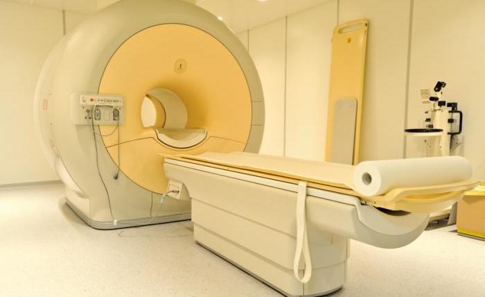 MRI CAT Scan Machine