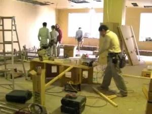 仙台院 床が作られ始めました。