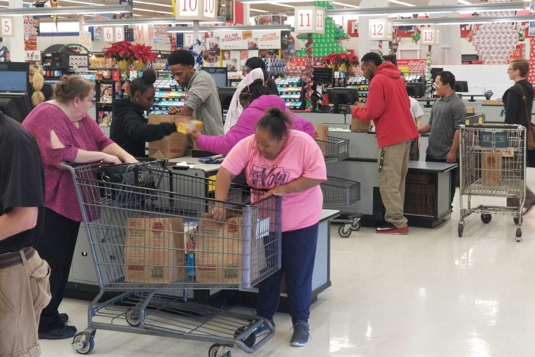 Job exploration: sacking groceries